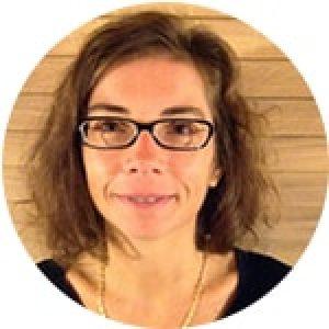 EMMA BAUDRY Coordinatrice des Vins blancs doux et fruités